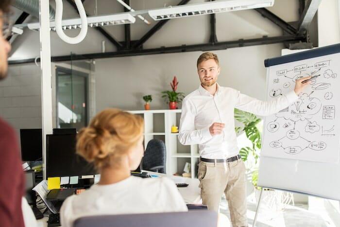 Làm Sao Để Trở Thành Project Manager - Cách làm